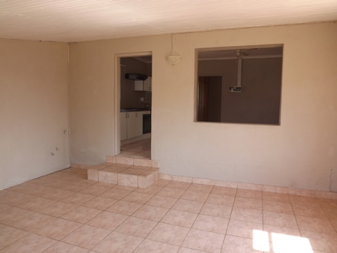 Smallholding with House & Flat in Vastfontein  For sale, 8,5 Ha
