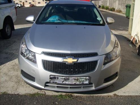 2011 Chevrolet cruze 1.6l sedan ( silver )