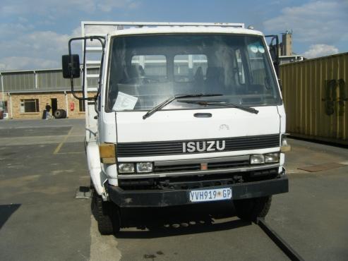 Isuzu F8000 D Fat Deck Truck for sales