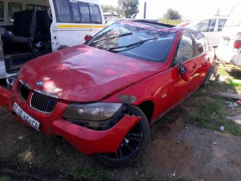 BMW 1 SERIES AND 3 SERIES STRIPPING FOR PARTS