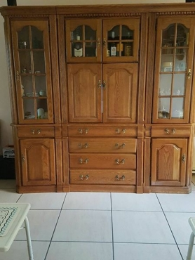 TV Cabinet for sale.