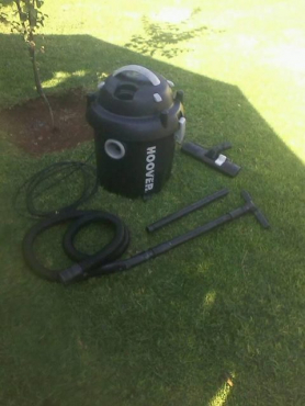Very Neat & Powerful Vacuum and Blower Two in One,