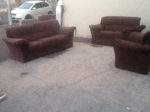 new 6 seater lounge suite