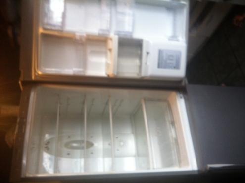 LG fridge with dispenser