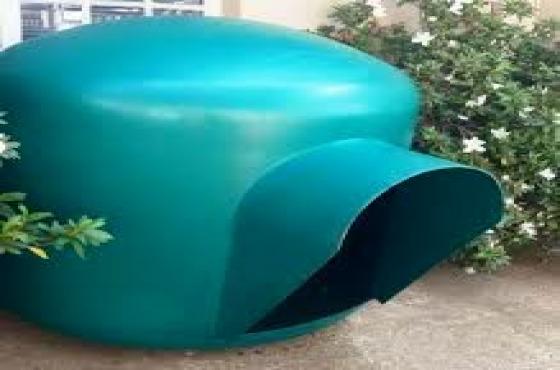 Large igloo dog kennels