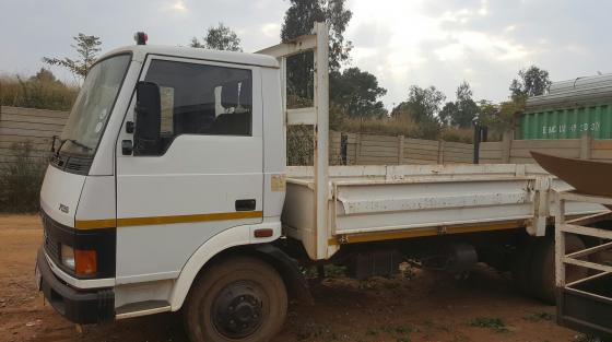 Tata LPT 713S Truck