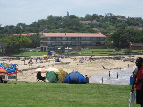 SEA, SUN, FUN - Come and enjoy the warm South Coast sun - self-catering holiday flats