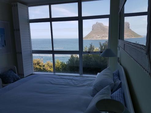 Exquisite 2 Bedroom apartment in Hout bay