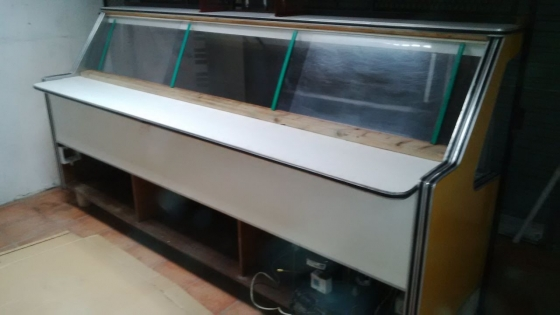Deli Display Fridge Including Gates R15,000 negotiable