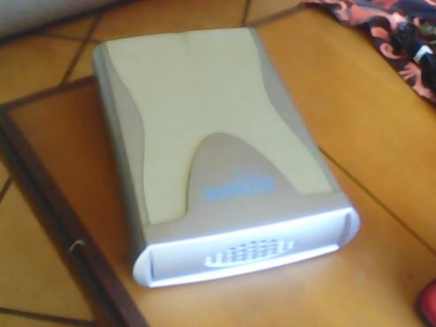 100 Gb Seagate hard drive and 2.0 USB Manhattan external enclosure.