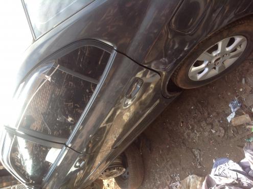 Stripping Hyundai Elantra J4 2004 for Spares