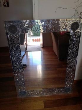 Mirror mirror is 680x 880