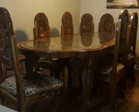 8 seater diningroom set