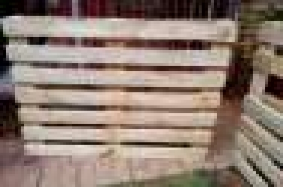 Very nice grade A wooden pallets.