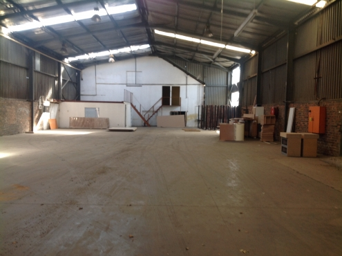 Industrial Warehouse space to let in Denver, South Rand.