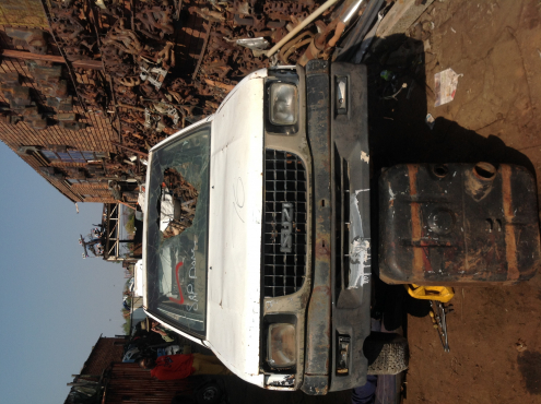 Stripping Isuzu KB25
