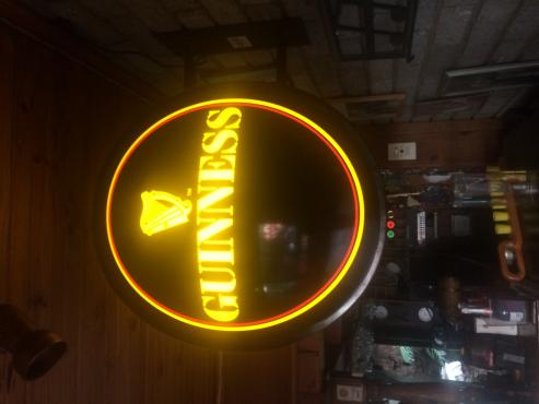 guiness pub light