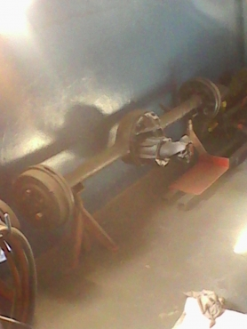 Ford Fairlane V8 Diff