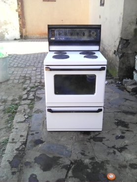 Defy  4 plate  stove