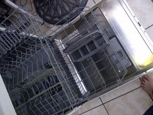 Bosch 3in1 Dish Washer *Still New