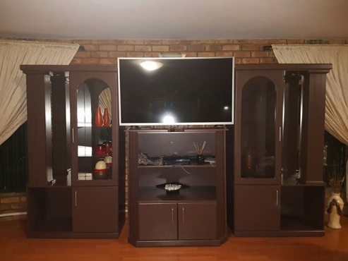 Selling my 3-piece wall unit