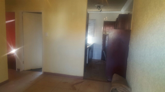 2 Bedroom Townhouse to rent, newly refurbished - Soweto, Protea Glen