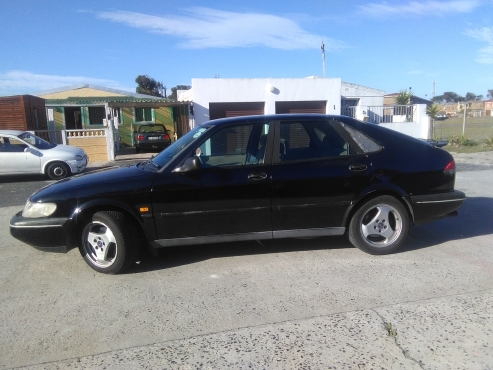 Saab 900s for sale