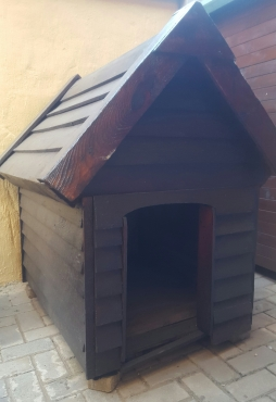 Dog kennel free