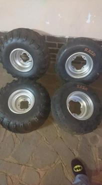 Banshee quad rims and tyres