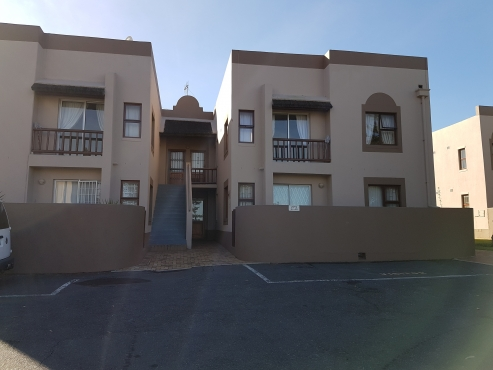 Bellville holiday flat Summer special