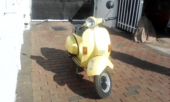 1998 Vespa ET150