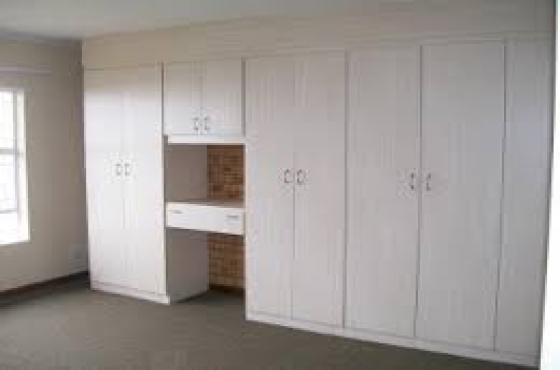 Modern build in kitchen unit bedroom cupboards at for Bedroom cupboards designs cape town