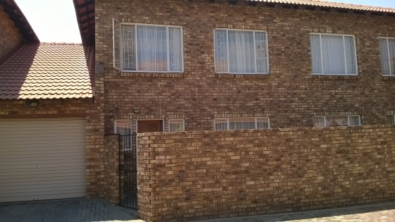 Lovely townhouse for sale in Clarina