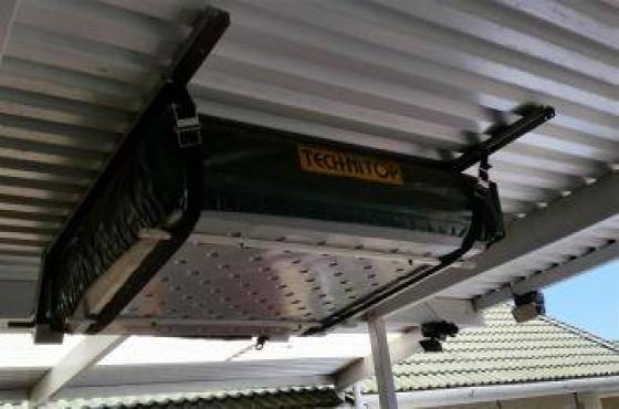 Roof top tent/Purpose made aluminium storage box/Armadillo