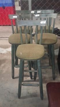 x5 Wooden bar stools