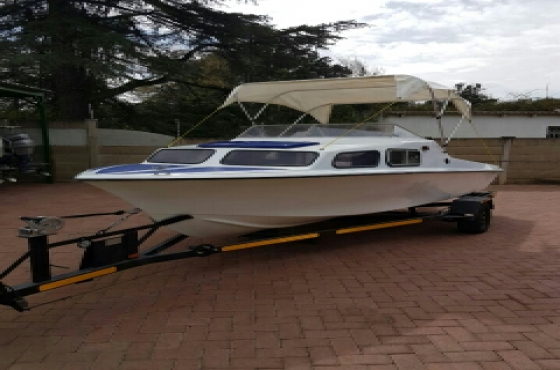 17ft Baronet cabin cruiser