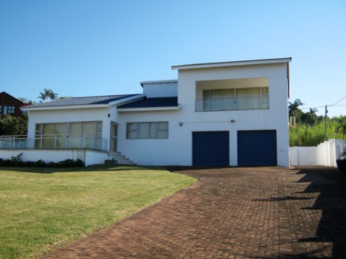 5 Bedroom House with Lovely Sea Views for sale in Port Edward