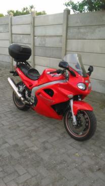 Triumph Sprint ST 955 Motorcycle