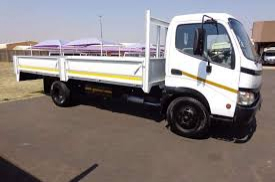 2009 Toyota Dyna 4 ton dropside for sale in excellent condition!
