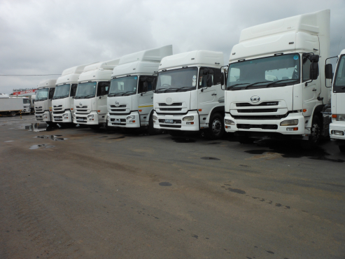 Loads available for side tipper truck and trailer.