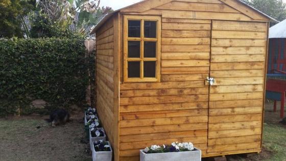 Skymax: wendy houses,garden tool sheds,guard houses,log homes