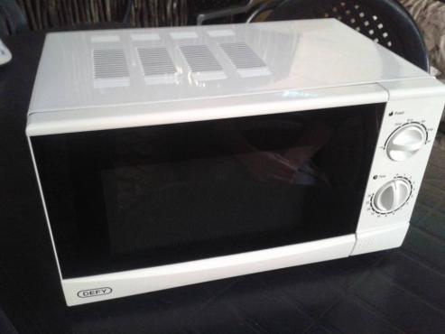 Defy Microwave te koop
