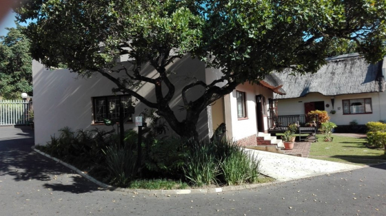 3 Bedroom Townhouse for sale in lovely complex