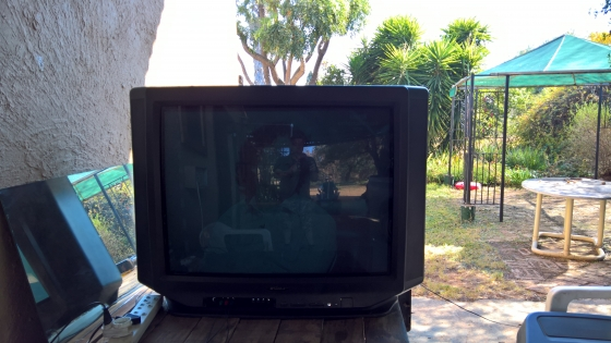 Sansui 86cm (34in) Box TV with sub woofer