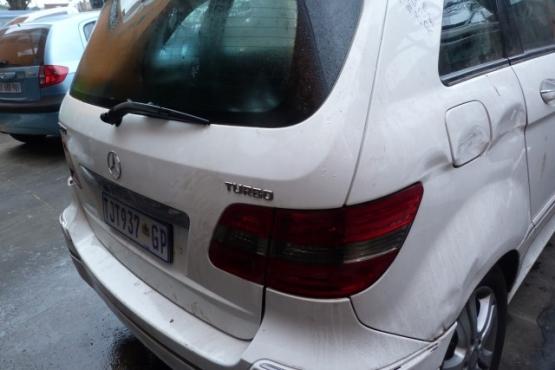Mercedes B200 2008 -