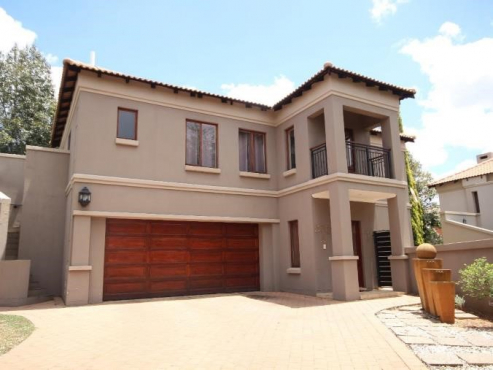 5 bedroom house for sale in  Willow acres Estate Silverlakes price negotiable