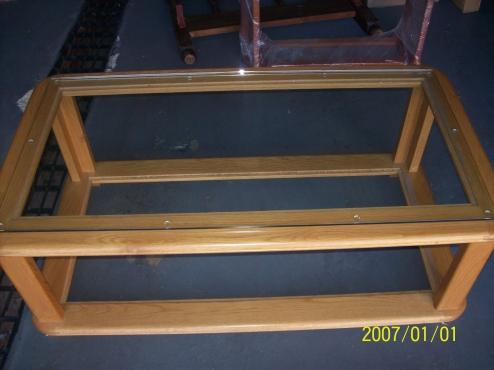 Glass coffee table / Plasma TV stand