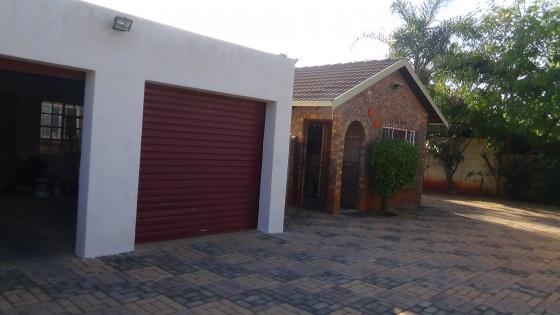 3 Bedroom Home in Doornpoort – R 1 050 000