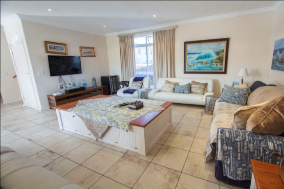 Wonderful 4 Bedroom House in Harbour Island To-let