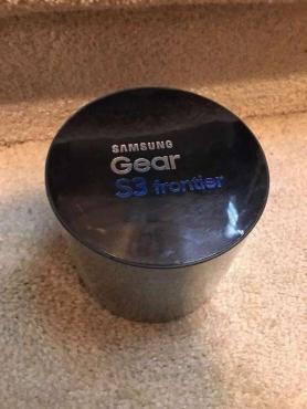 Samsung Gear S3 Frontier SM-R760 Bluetooth Smart Watch